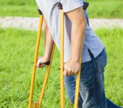 человек на костялях