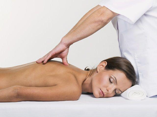 массаж спины при кифозе