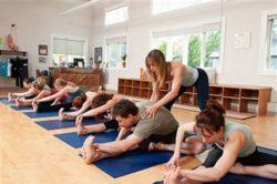 йога инструктор